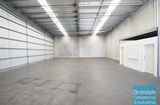Unit 2/23 Duntroon St, BRENDALE QLD, 4500