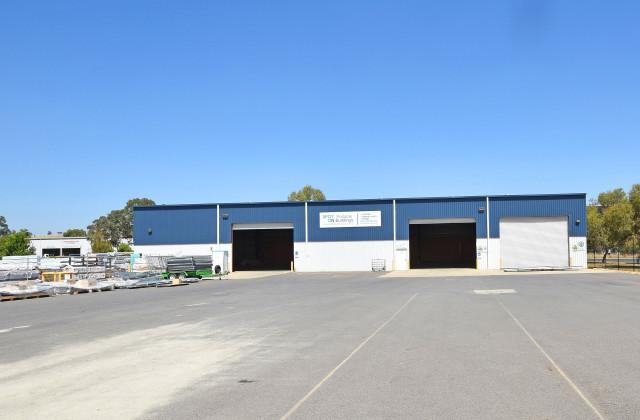 1A/58 Bennu Circuit, THURGOONA NSW, 2640
