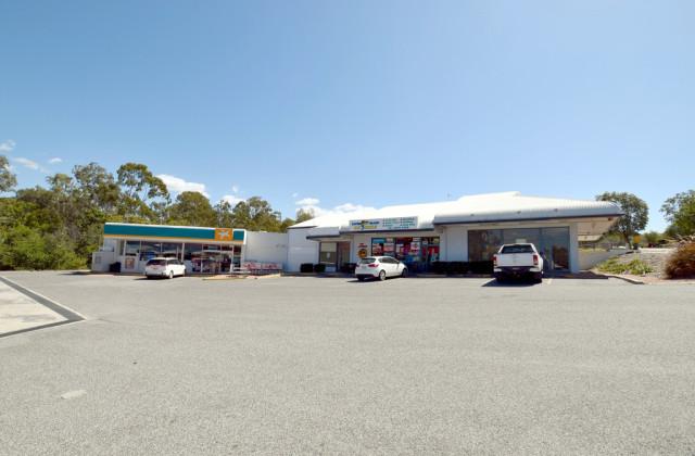 1C Curtis Avenue, BOYNE ISLAND QLD, 4680