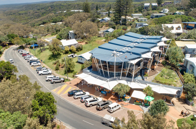Shop 3/15-17 Mooloomba Road, POINT LOOKOUT QLD, 4183