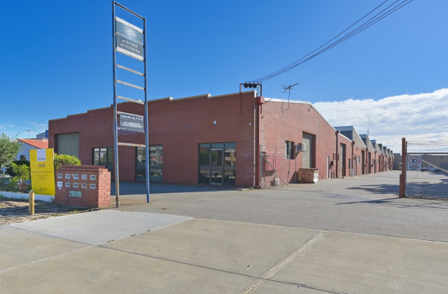 213-215 Collier Road, BAYSWATER WA, 6053