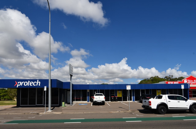 237 Charters Towers Road, HERMIT PARK QLD, 4812
