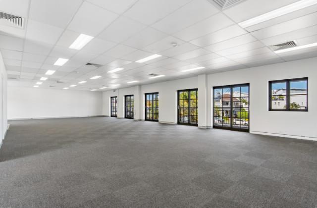Suite 3/108 Brisbane Road, MOOLOOLABA QLD, 4557