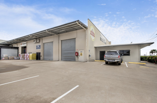 Unit 1/13-19 Civil Road, GARBUTT QLD, 4814