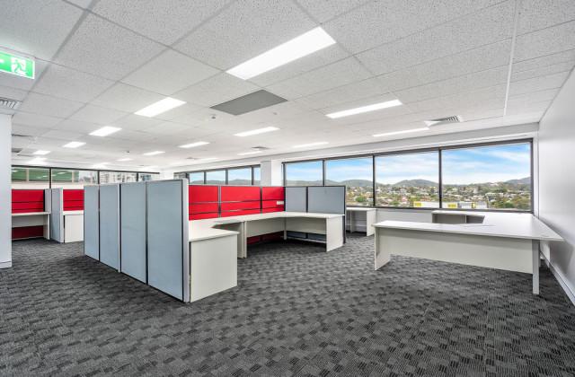 Level 8/Suite 802/302 Coronation Drive, MILTON QLD, 4064