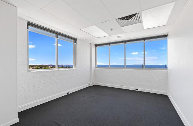 301/182 Bay Terrace, WYNNUM QLD, 4178