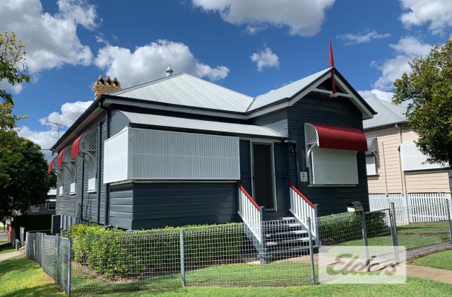 2 Arne Street, WOOLLOONGABBA QLD, 4102