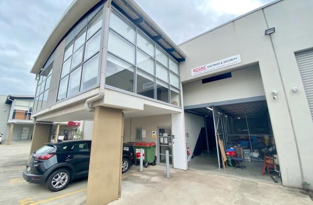 64a/42-46 Wattle Road, BROOKVALE NSW, 2100