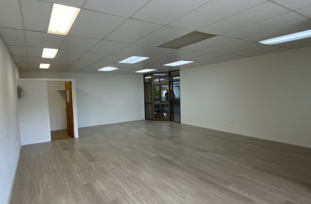 Office 4 / 61 Bulcock Street, CALOUNDRA QLD, 4551