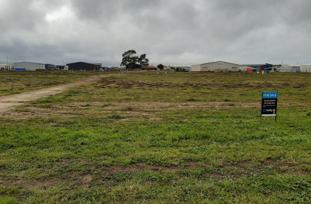 LOT 210 FRASER COURT, MOUNT GAMBIER SA, 5290