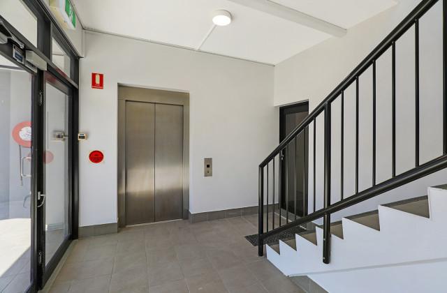 Suite 4/80-82 Blackall Terrace, NAMBOUR QLD, 4560