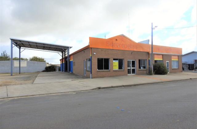 3 Mackenzie Street, YOUNG NSW, 2594