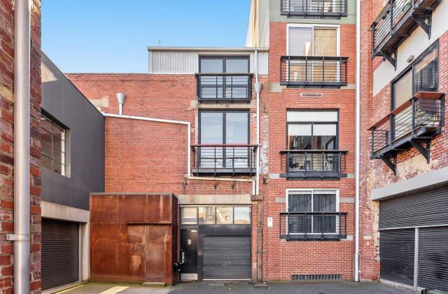 9 Hillingdon Place, PRAHRAN VIC, 3181