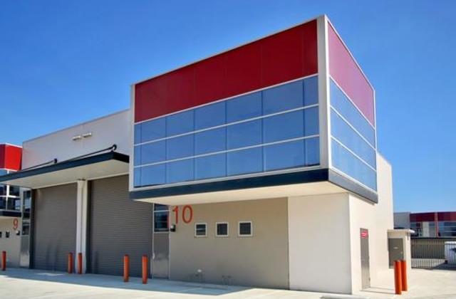 31 Governor Macquarie Drive, CHIPPING NORTON NSW, 2170
